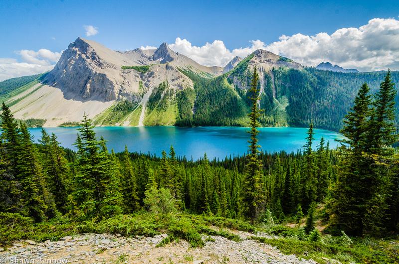 Marvel Lake and Marvel Peak [2713m] from the Marvel Lake/Wonder Pass Trail
