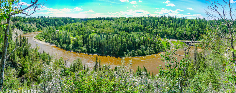 Panoramic view of the Pembina River from the viewpoint.