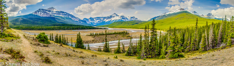 Panoramic view from a lookout at about kilometre 2 on the Glacier Lake Trail.
