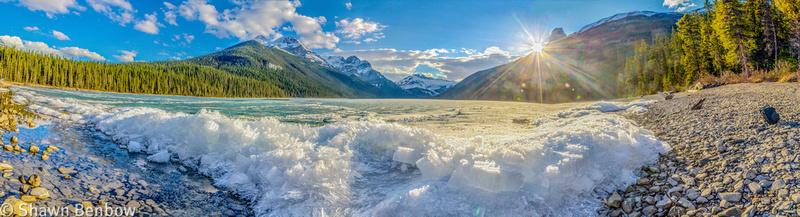 Ice on Glacier Lake
