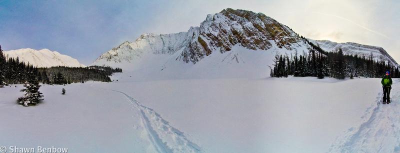 Rummel Lake and Mount Galatea (3185m)